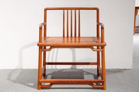 如何請人打造優雅的椅子
