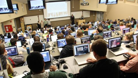 8 Reasons You Should Always Attend Lectures In College