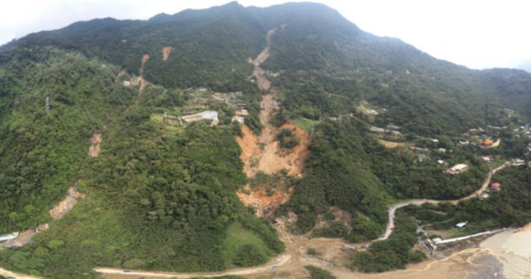 2015年蘇迪勒颱風重創烏來導致土石流,而後續的重建之路鮮少被關注。圖片來源:NCDR國家災害防救科技中心