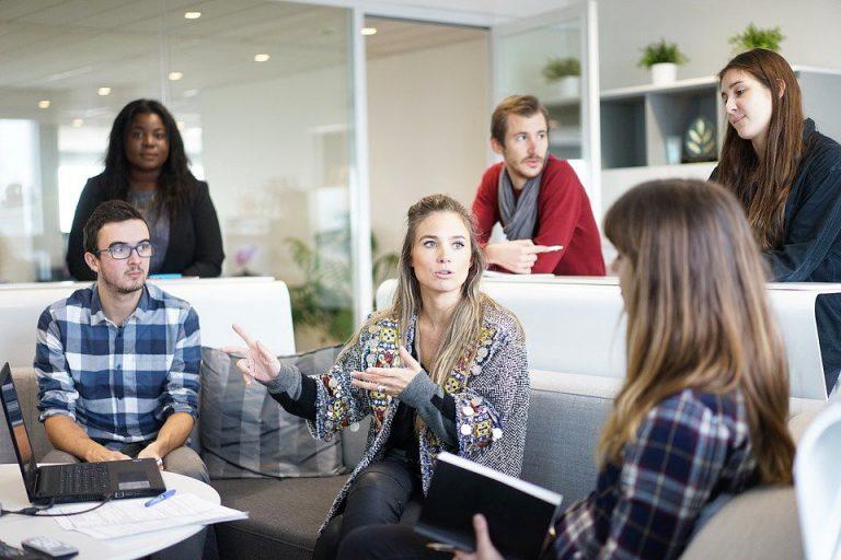 會議可分為更新資訊、制定決策、創意發想。(圖片來源:pixabay)