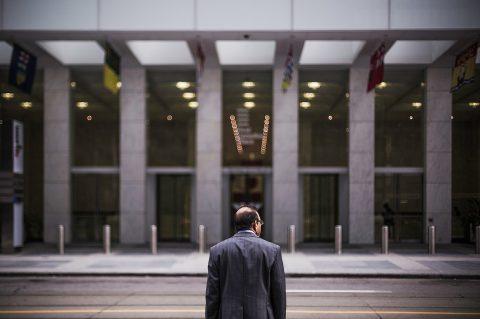 當企業經營不下去了,資遣是唯一手段嗎?
