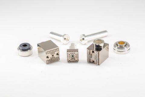 TE Connectivity 推出新型高功率插針和插槽產品組合