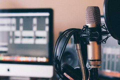 用聽的,了解世界:「眼球經濟」下,為何Podcast還能火起來?