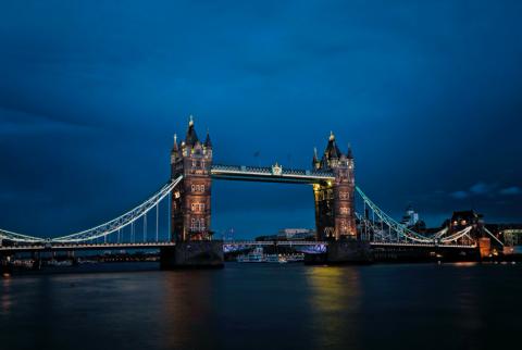 新冠肺炎如何影響銀行通路-以英國為例