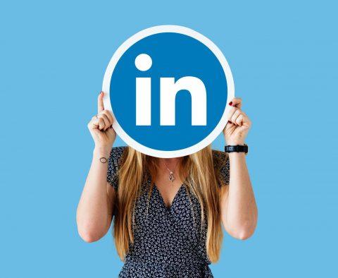LinkedIn也能接案!?斜槓青年用起來!